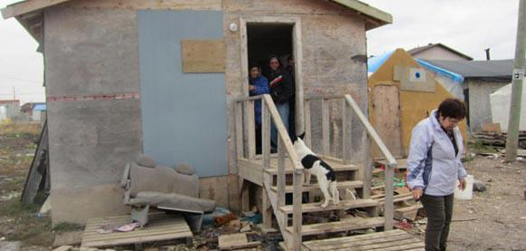 shack at attawapiskat